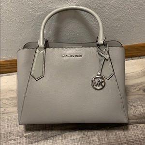 24HR SALE❤️Michael Kors Grey Leather Satchel purse